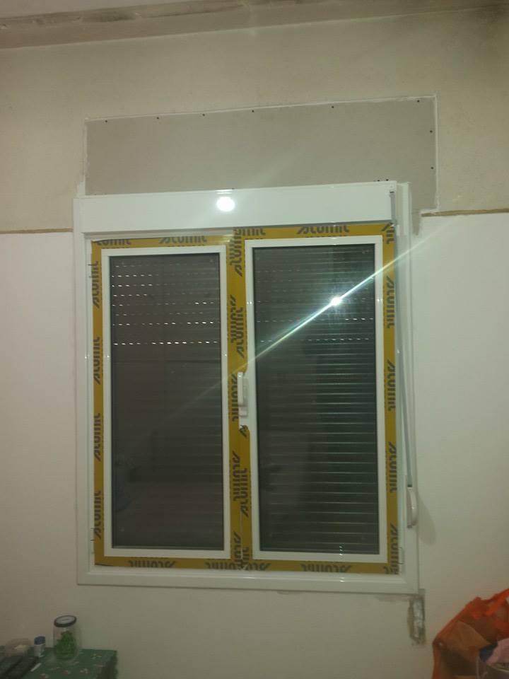 παράθυρο διπλό αλουμινίου με ανάκληση και ρολό