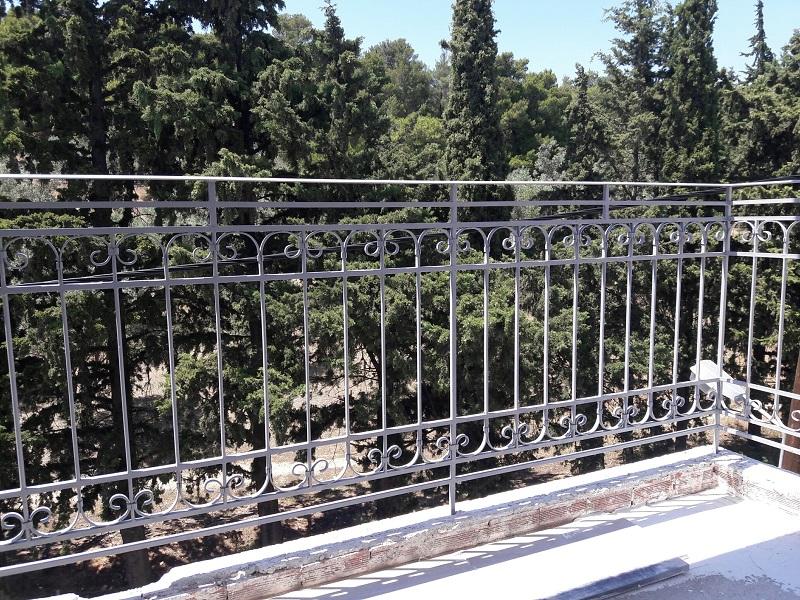 Μασίφ χειροποίητο κάγκελο μπαλκόνι
